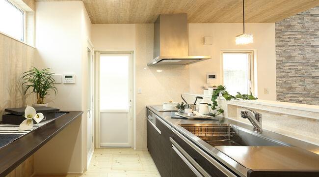 キッチンの価格と特徴