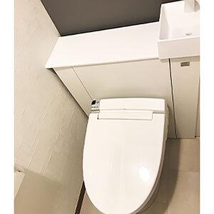 スタイリッシュでお手入れが簡単なトイレになりました