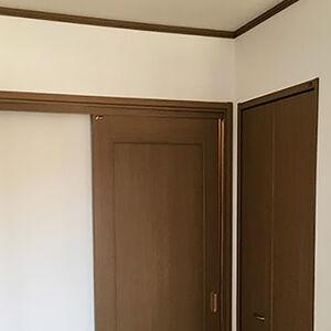 オーソドックスなクロスはどんなお部屋にも馴染みます