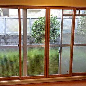 二重窓を設置することで、カビの原因となる結露を防ぎます