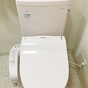 漏水の原因だったトイレタンクと便器をピュアレストに交換