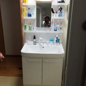 コンパクトな洗面台オフトに交換して洗面室が広々