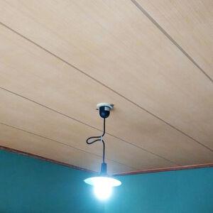 和室によくありがちな漆喰・緑色の壁とは一味違った仕上がり