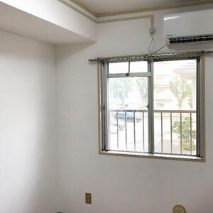 剥がれやカビが発生した壁もクロスを一新して清潔なお部屋