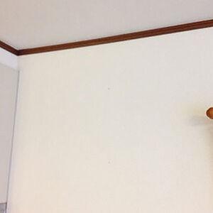 シンプルな白系クロスでリフォーム、飽きのこない明るいお部屋へ