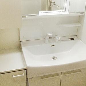収納力に炊けた洗面台に交換して水周りをすっきり整頓
