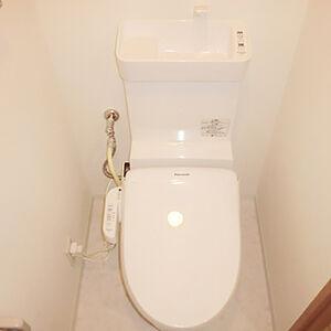 トイレの内装や本体を交換して新築のような仕上がりに満足