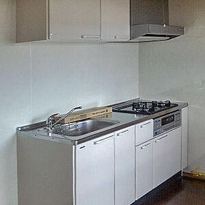 タカラスタンダードのエーデルで丈夫で機能的なキッチンへ