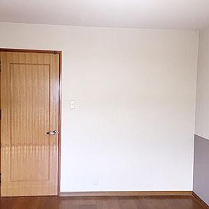 アクセントクロスを使いシンプルかつおしゃれに決まったお部屋