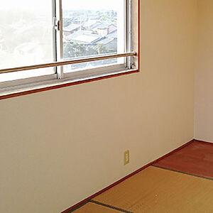 落書きや傷がついた壁の汚れもリフォームで気持ちの良い空間へ