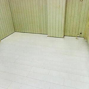 ペットのニオイが染み付いた床を張り替えリフォーム