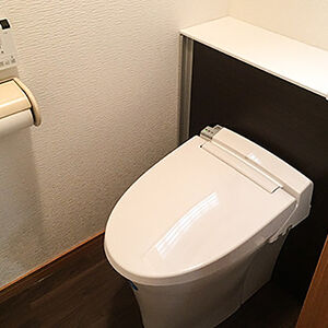 リクシルのリフォレで見た目スッキリなお掃除しやすいトイレに