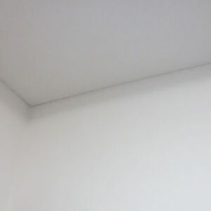 白いクロス選択で家全体が明るくなった