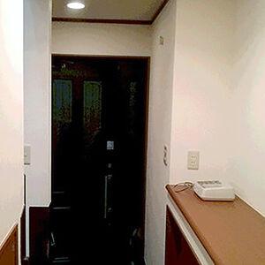 トイレ床にリアルな木目の質感クッションフロアを施工