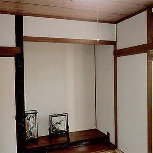 和紙風クロスで和室のヤニが消え気持ち良い空間に