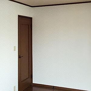お部屋ごとにクロスのデザインを変え、こだわりのリフォーム