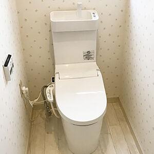 トイレ交換と一緒に内装もリフォームして大人可愛い空間に