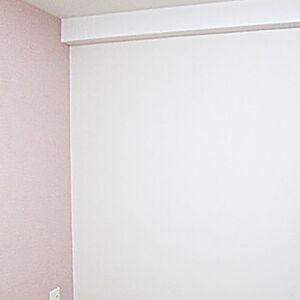 ピンクのアクセントクロスでお部屋をかわいらしくリフォーム