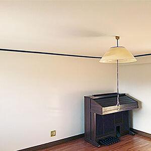 洋室と和室の壁を白くリフォームし明るいお家になりました