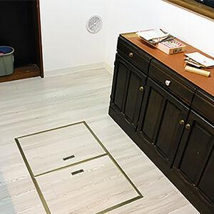 床もクロスも変えておしゃれで過ごしやすいお部屋に