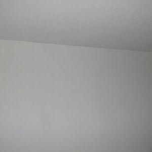 使われていなかったお部屋を白いクロスで明るくリフォーム