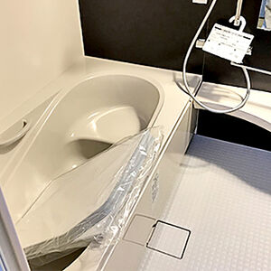 傷みがひどかった在来のお風呂が手入れのしやすい空間へ変わる