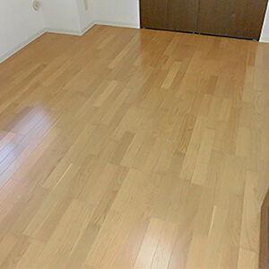 遮音性抜群、床暖房対応のフローリングで過ごしやすいお部屋に