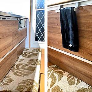 マットな仕上がりの木目扉は家具と同じ感覚でコーディネート