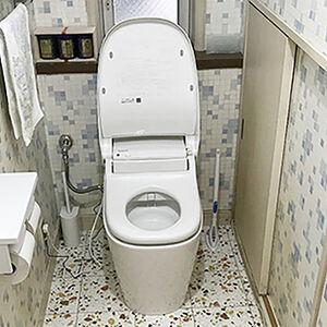 トイレとクロスを一新して機能的でおしゃれな空間に